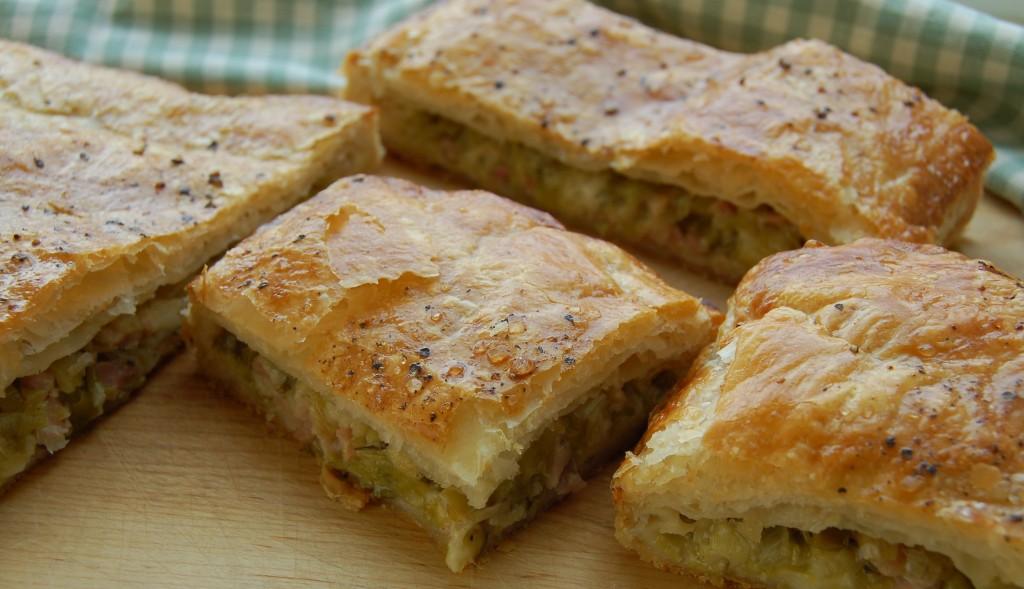 Cheesy leek and bacon puff