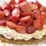 Crunchy strawberry toffee tart