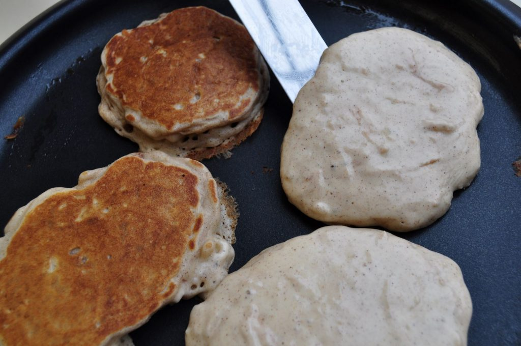 Apple pancakes - flip over - web