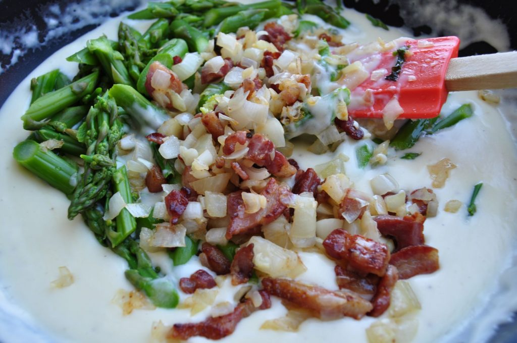 Add asparagus & bacon & onions to sauce web