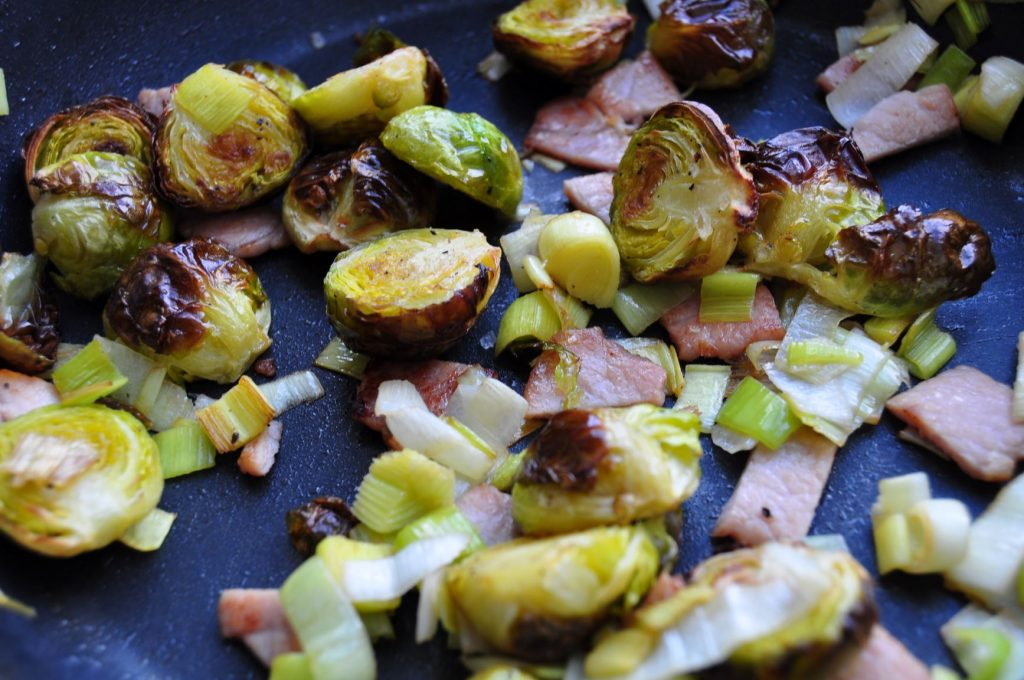 Mix spouts with bacon and leek - web